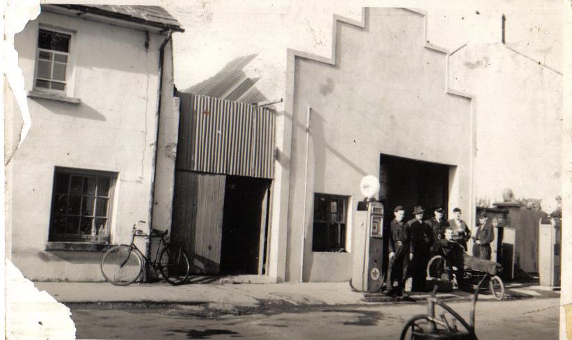 brennans-garage-mullinahone-1958.jpg
